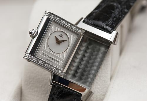 Band Repair, Replacement, or Resizing - Watch Repair n Service In Saigon, Vietnam.-mua-ban-dong-ho-jaeger-lecoultre-reverso-cu-chinh-hang-thuy-sy-uy-tin-saigon-hcm.jpg