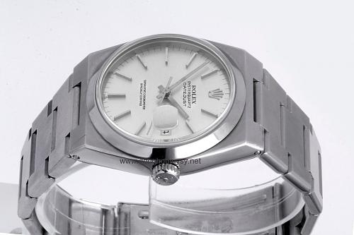 Những dòng đồng hồ Rolex Oysterquartz Datejust-Day-Date Reference-Model numbers-oyster-date-just-quartz-17000-www.donghothuysy.net-2.jpg